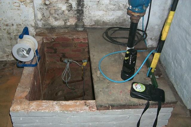 Mesures hydrogéologiques dans puits à grand diamètre